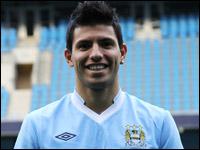 Серхио Агуэро в футболке Манчестер Сити