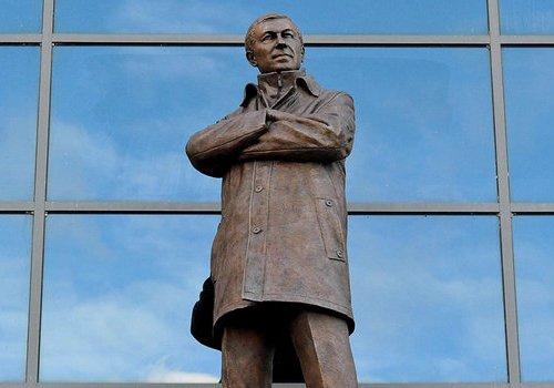 Статуя сэра Алекса Фергюсона