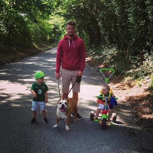 Энтони Пилкингтон с детьми