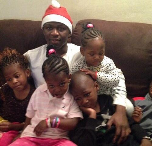 Аруна Коне с семьей