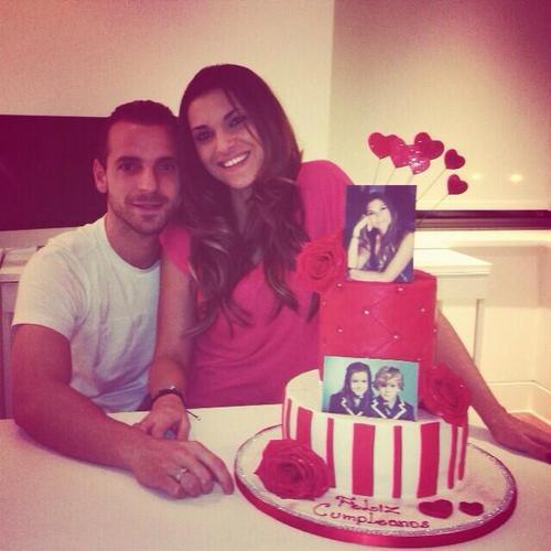 Роберто Сольдадо с женой