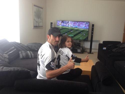 Чико Флорес с дочкой