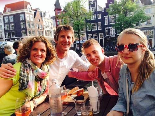 Эдвин Ван дер Сар с семьей