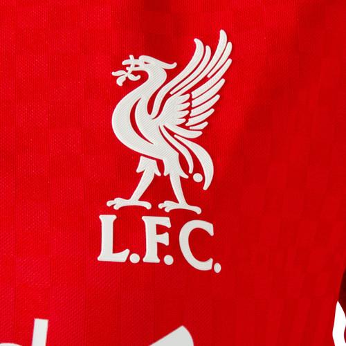 Новая домашняя форма Ливерпуля на сезон 2015/16