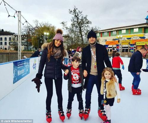 Джек Уилшир с семьей