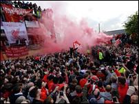 Фанаты Ливерпуля