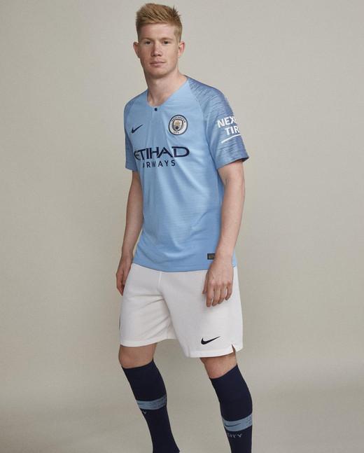 Новая домашняя форма Манчестер Сити на сезон 2018/19