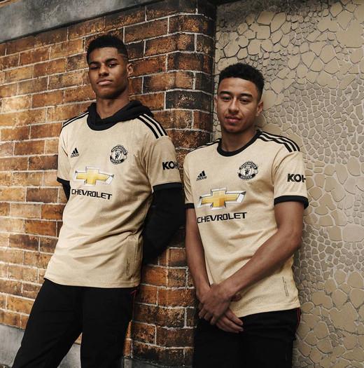 Новая выездная форма Манчестер Юнайтед на сезон 2019/20