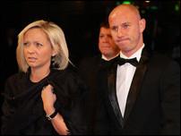 Ники Батт с женой