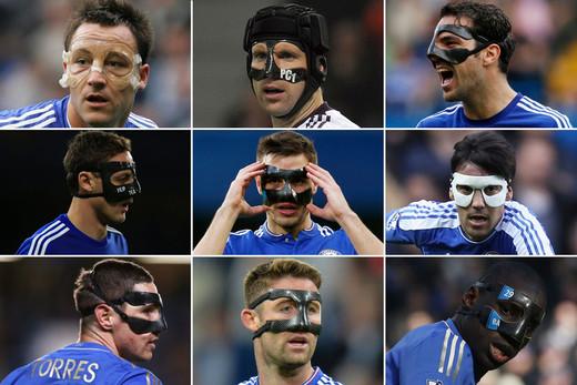 Игроки Челси в масках